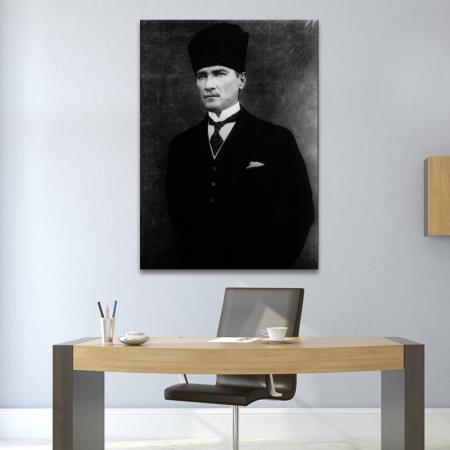 Siyah Beyaz Atatürk Portresi resim2