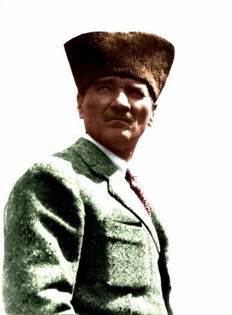 Kalpaklı Atatürk resim