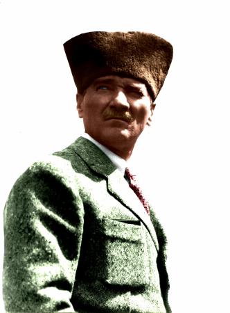 Kalpaklı Atatürk 0