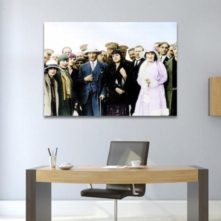 Atatürk Renkli Fotoğrafı resim2