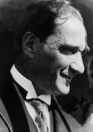 Atatürk Siyah Beyaz Portre resim