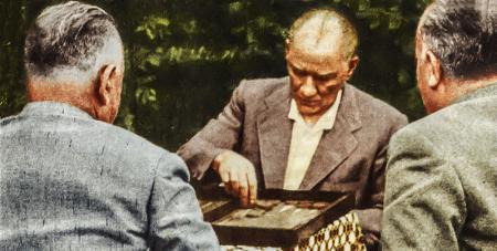 Atatürk Tavla Oynarken resim