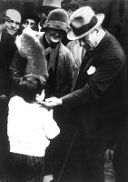 Atatürk ve Çocuk Sevgisi - ATA-C-063
