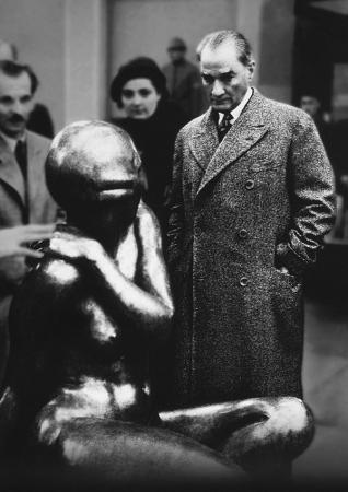 Atatürk ve Sanat resim