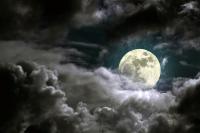Dolunay Gecesi ve Bulutlar - UC-017