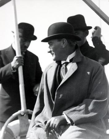 Fötr Şapkalı Atatürk resim
