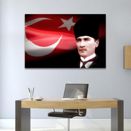 Kalpaklı Atatürk ve Türk Bayrağı resim2