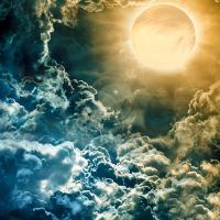 Karanlık Gökyüzü Üzerinde Dolunay - UC-020