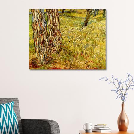 Tree Trunks In The Grass resim2